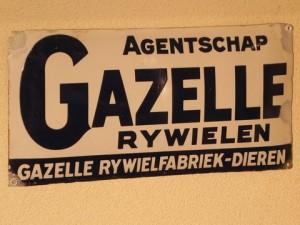 Reclamebord van Gazelle