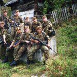 Dienstplichtige en beroeps militairen IFOR 1996