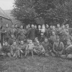 Dpl militairen gelegerd op Hellegoed nabij het Whijse veer in Vorchten. Mobilisatie1939